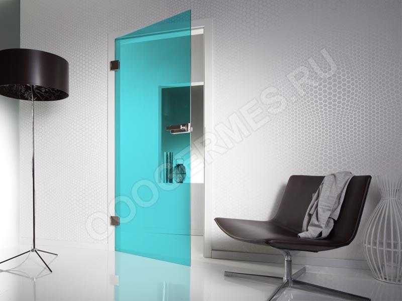 Межкомнатная дверь в интерьере хай-тек