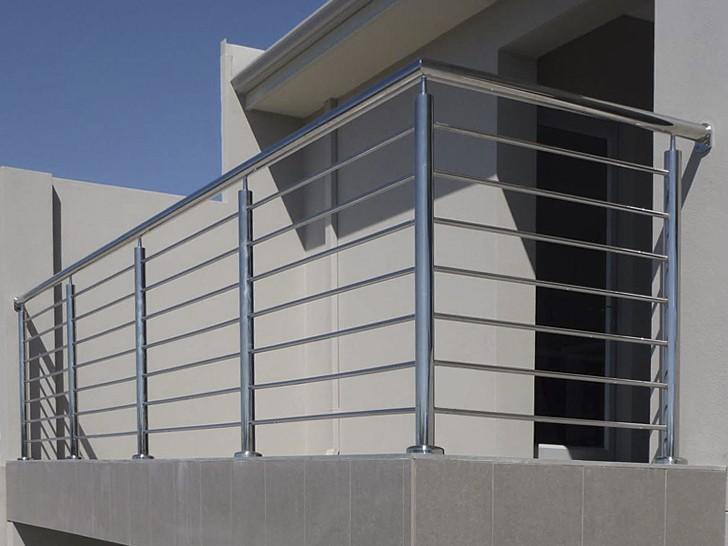 Ограждение балконное стальное на прямом креплении