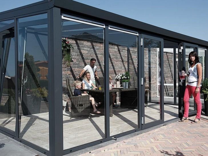 Павильон-пристройка из алюминиевых стеклоблоков