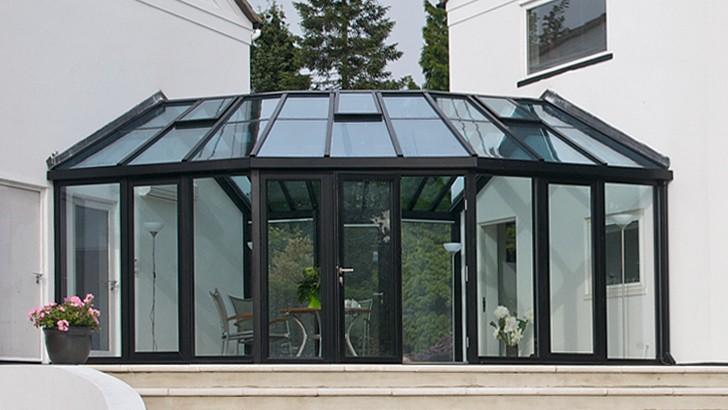 Наружные конструкции из стекла и металла