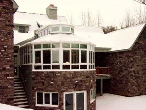 Интегрированный зимний сад на верхнем этаже дома