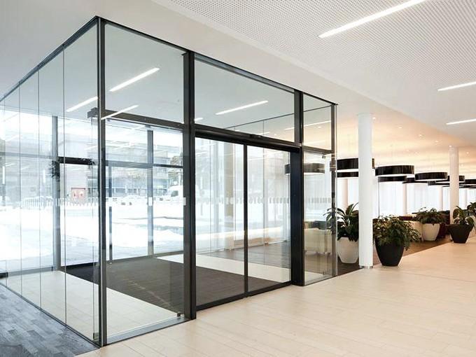 automatik-razdvizh-steklo-dver-03
