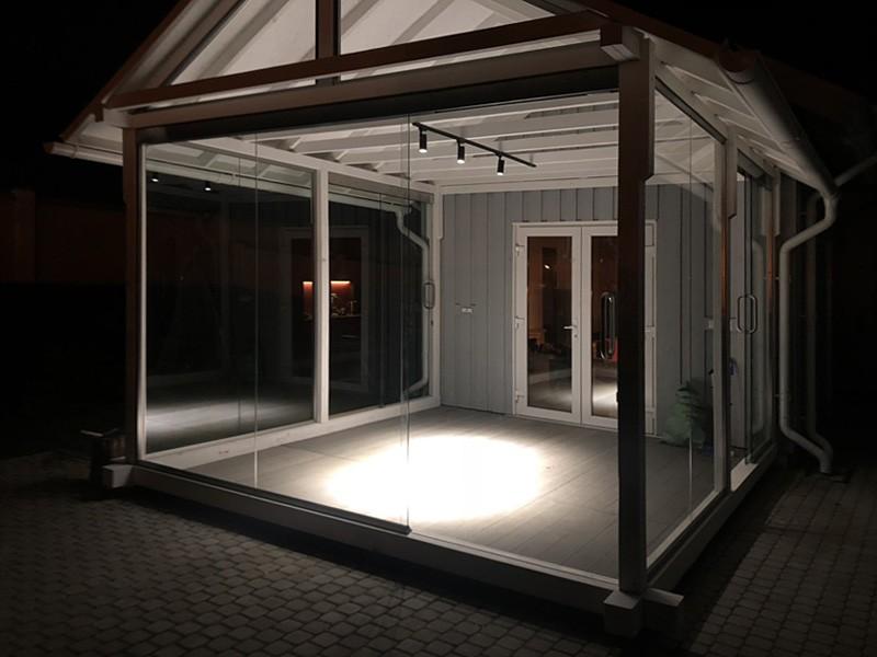 osteklenie-veranda-razdvizhnye-dveri