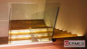 Ограждение для лестницы и второго света